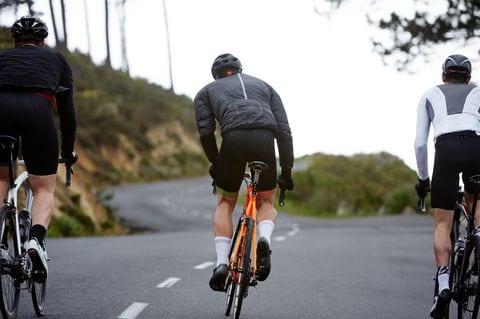 Người bị viêm tuyến tiền liệt cần chú ý điều gì khi đi xe đạp - 1
