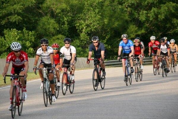 Tôi có nên tham gia một nhóm đi xe đạp không -1