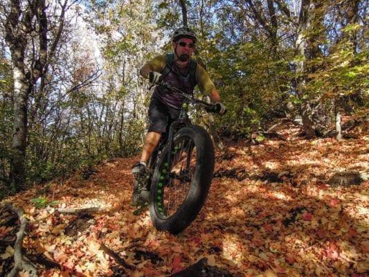 Kỹ năng đi xe đạp trong mùa thu