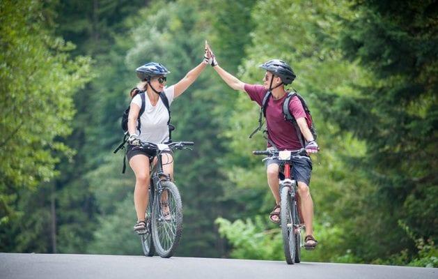 Đi xe đạp giúp bạn ngăn ngừa xơ vữa động mạch