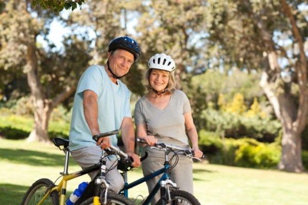 Lợi ích của việc đi xe đạp đói với tuổi già